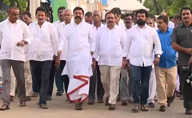 Parchur TDP Leader Ramanatham Babu Joins YSRCP