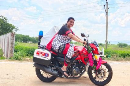 MLA RK Roja Drives Ambulance Bikes In Nagari - Sakshi